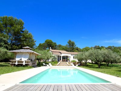 Photo for Nice and bright villa with beautiful Jacuzzi pool, enclosed garden for 8 people