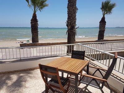 Photo for Frontrow Beach Apartment right on the beach promenade, ideal for families