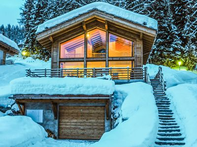 Photo for Chalet Anna for 8 people , a short walk to the pistes