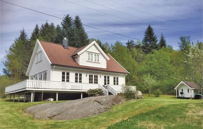 3 bedroom accommodation in Lindesnes