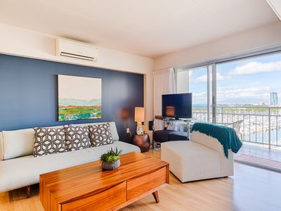 Photo for Huge studio with king size bed, ocean & beautiful sunset view #1031