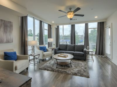 Photo for Luxurious Corner Downtown 2bd 2bth Condo-#215