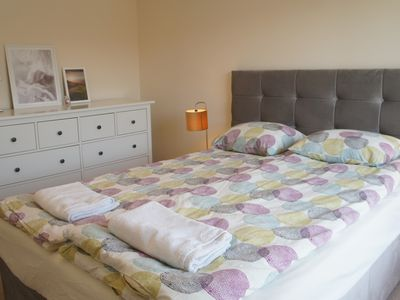 Photo for Beeston centre 4 beds house/Sleeps 6