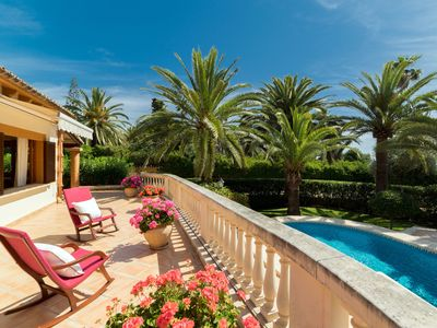 Photo for Beautiful villa for 8 + 1 people with pool, garden and terrace with sea views