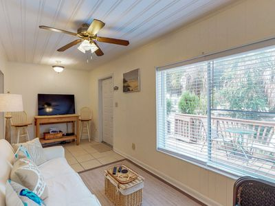 Photo for Cozy townhome w/beach access-near amusements parks & golf