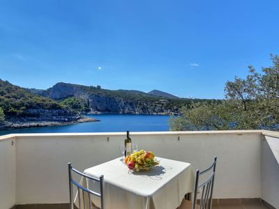 Photo for Apartment Cico  in Hvar/ Pokrivenik, Central Dalmatia/ Islands - 2 persons, 1 bedroom