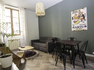 Photo for T2 renovated and air-conditioned in the heart of Marseille