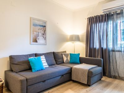 Photo for Charming and Central Apart - 350m from the beach