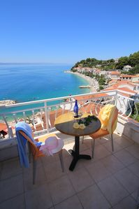 Photo for Holiday apartment with sea views, air conditioning and Internet access