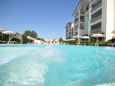 Photo for Holiday apartment for 2 people in the Lidi Ferraresi with pool, wi-fi ,.