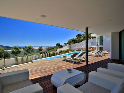 Photo for Stylish Villa in Southwest with Stunning Sea View for 10 people