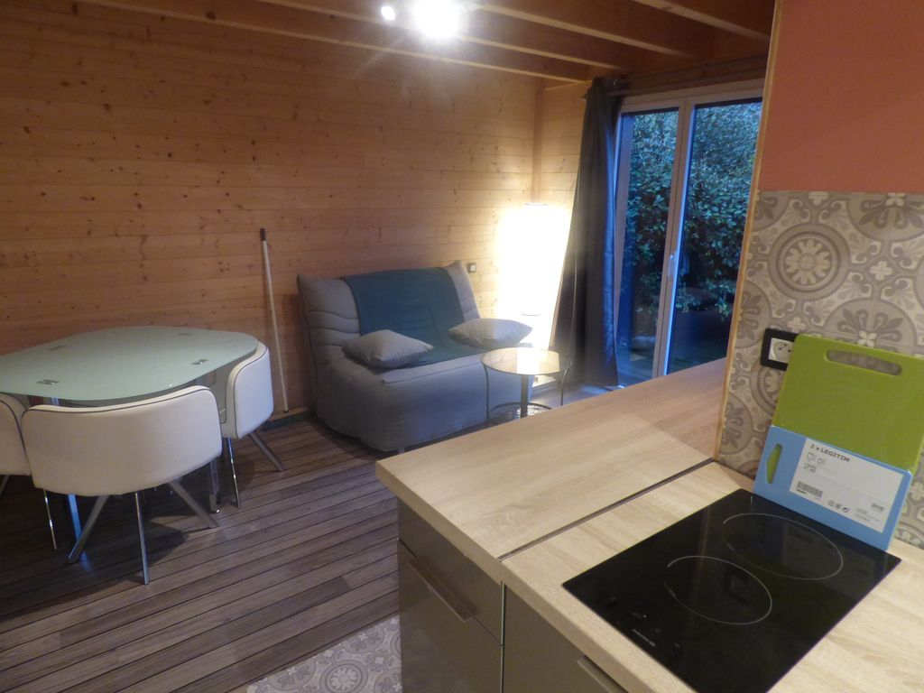 Wooden cottage 2/3 persons