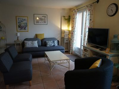 Photo for CHARMING BASTIDE WITH SWIMMING POOL IN SECURE RESIDENCE