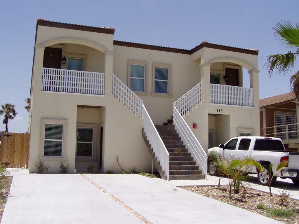 Spacious 3 Bedroom South Padre Island 2 Homeaway