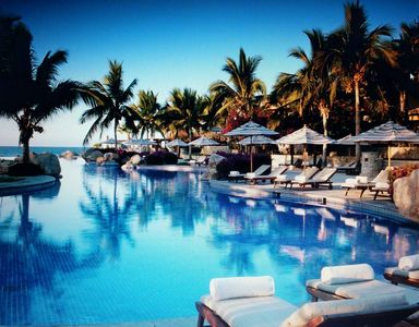 Photo for GREAT VALUE: President's Week at 5 STAR LUXURY Oceanfront Resort in Los Cabos