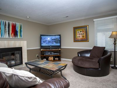 Photo for Comfortable Elegant 2 Bedroom / 2 Bath Condo - Nice Deck, Close to Clubhouse