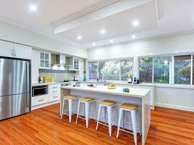 Photo for Luxury, Romantic & Walking Distance to Everything in Huskisson