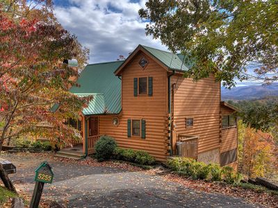 Photo for Stunning Views Luxury 5 bed cabin! Close to attractions!!