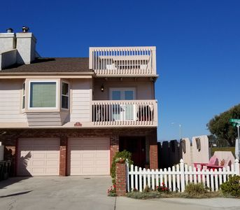 Photo for ~~Beach House Oxnard ~~This Place Has It All!