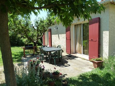 Photo for Air-conditioned house 70 m2 with peaceful garden