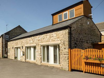 Photo for SETCH BARN, family friendly, with a garden in Masham, Ref 916222