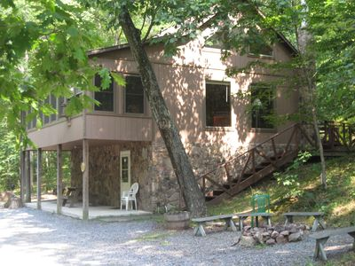 Photo for Wildwood Chalet - 5 min to lake & Allegrippis Trails -sleeps 11