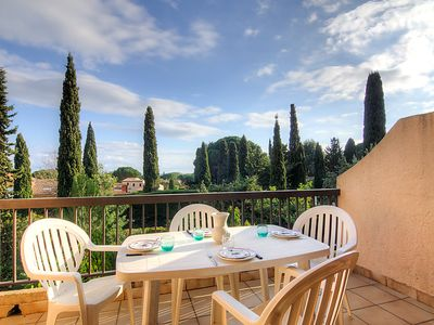 Photo for One bedroom Apartment, sleeps 4 in Cavalaire-sur-Mer with WiFi