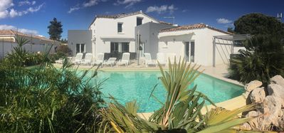 Photo for Large charming pool villa with spa 400 m from Rochelongue Beach