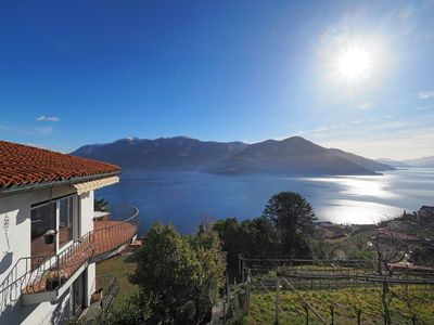 "Photo for A3 / Brissago: Typical Ticinese house ""Avalon"" with lake view"