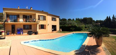 Photo for Beautiful villa with pool and large garden on 2 floors.