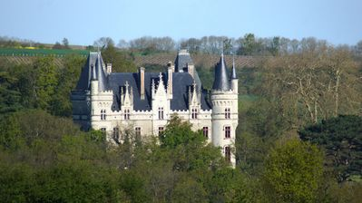 Photo for Rent a family castle next to Nantes