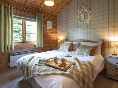 """Photo for Curlew """"Birds"""" Luxury Log Cabin, Hot Tub & Mountain Views in National Park"""