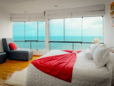 Photo for Miraflores Oceanfront Penthouse with private rooftop terrace & barbecue