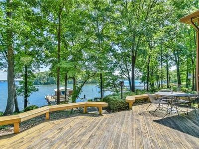 Photo for Beautiful and cozy lakefront ranch home with amazing views of Lake Norman!