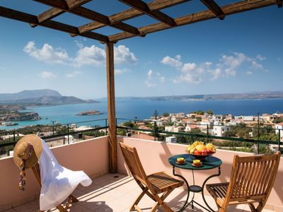 Photo for This 3-bedroom villa for up to 6 guests is located in Plaka (Elounda) and has a private swimming poo
