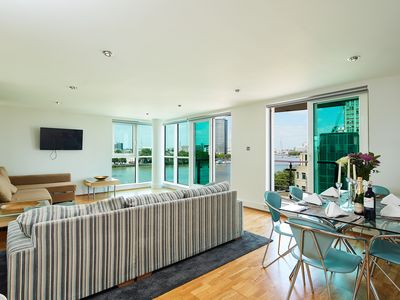 Photo for The Thames View Apartments 2 Bed - Apartment for 6 people in London