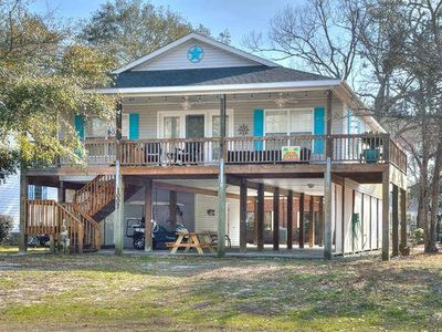 Beautiful 3 Bedroom/2 Bath Home Offers Private Setting With Views of the Water-Sleeps 7