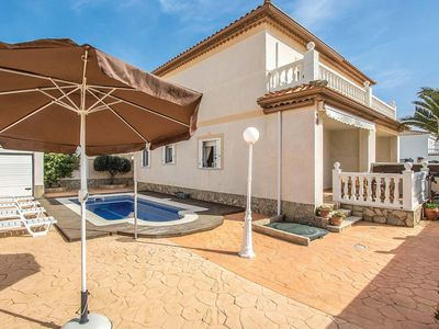 Photo for 3 bedroom Villa, sleeps 6 in Miami Platja with Pool, Air Con and WiFi