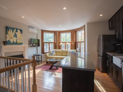 Photo for Spectacular Luxury two Bed Two Bath Plus Study Two Levels, Spacious Sunny