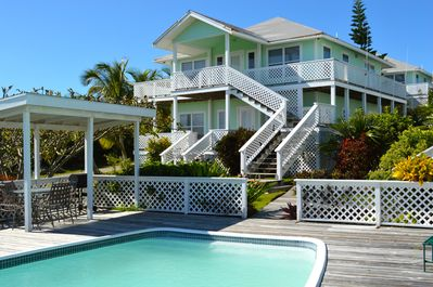 Sailfish Villa (please note only upstairs is for rent)