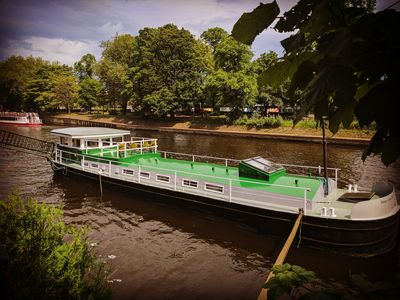 Photo for Luxury Residential Houseboat a stones throw from York City centre