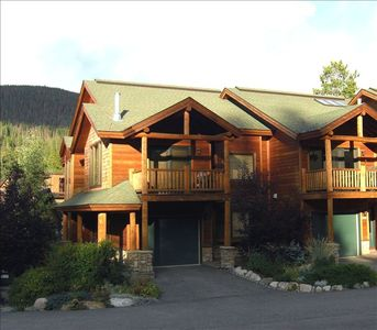 Photo for Wonderful Slopeside 3 Bedroom Townhome - Perfect Ski Retreat