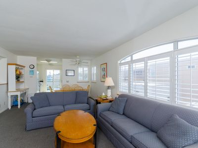 Photo for Family-Friendly Mission Beach Condo with bikes, boogie boards, and more toys!