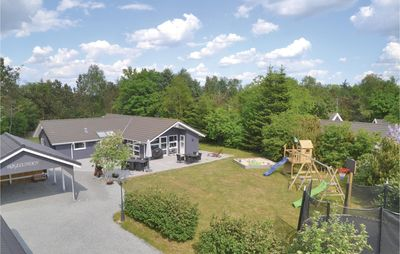 Photo for 4BR House Vacation Rental in Oksbøl