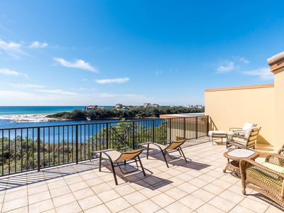 Photo for Incredible condo w/ two levels of decks & resort pools, hot tubs, beach access!
