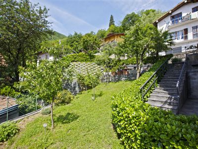 Photo for 3½-room apartment with 2 terraces, garden and beautiful view of the lake