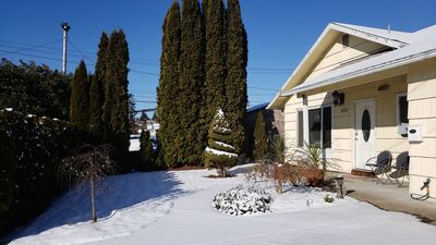 Montavilla Guesthouse -  Winter 2019, Portland First Snow in February