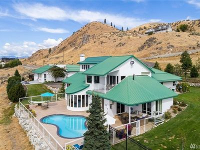 Photo for 6BR House Vacation Rental in Chelan, Washington