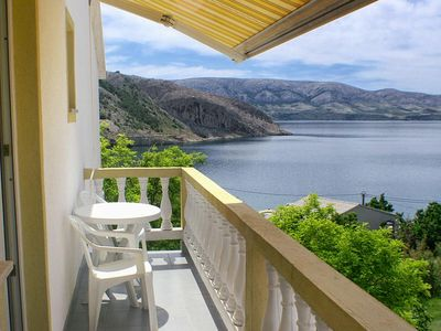 Photo for Studio flat with balcony and sea view Metajna (Pag)