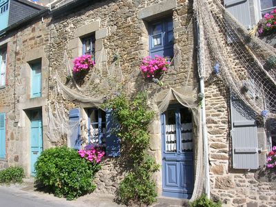 Photo for Charming fisherman's house in Brittany, near Saint-Malo, France